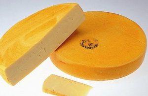 大きなラクレットチーズ