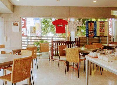 沖縄の人気店、炊肉の店 牛ちゃん 那覇店 の店内