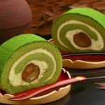 秋の人気スイーツ渋皮栗の栗抹茶ロールケーキ