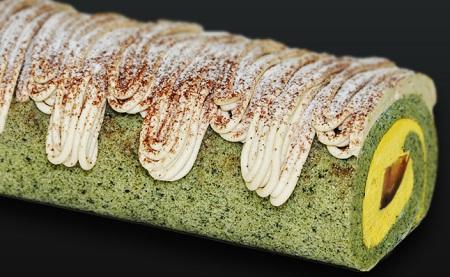 秋の通販人気スイーツ大粒渋皮栗と南瓜のモンブランロール
